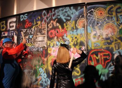 Berliner Mauer einreißen